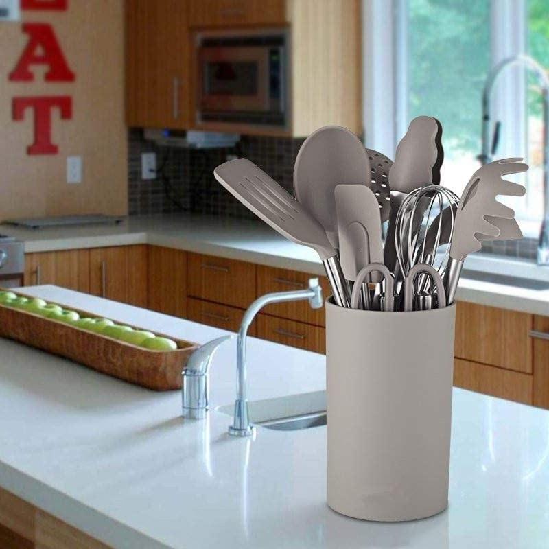 Set de accesorios de cocina.