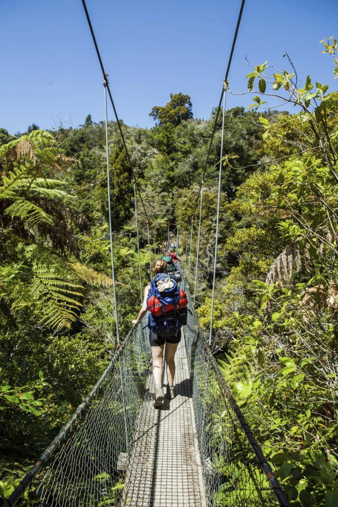 En el senderismo las rutas están marcadas, en tanto que en el trekking tu eliges el camino.