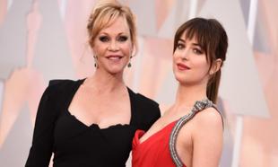 Podría decirse que con dos padres actores (Don Johnson y Melanie...