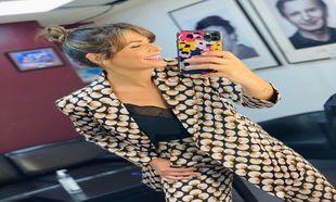 Nuria Roca nos inspira con sus moños naturales y altos peinados en...