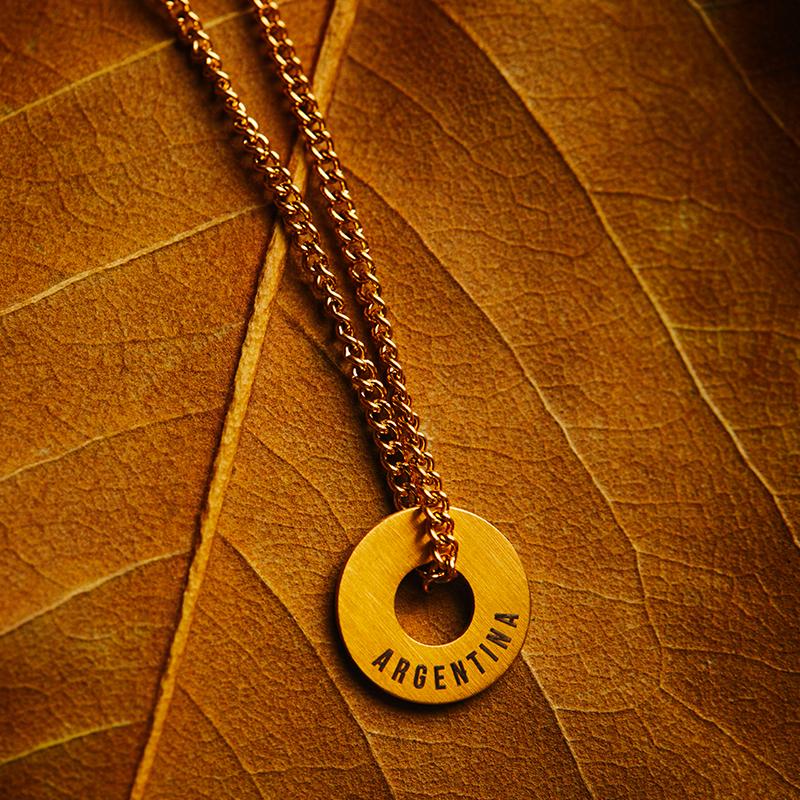 Collar y anillo de oro