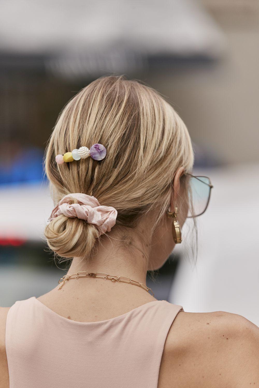 No subestimes el poder de los accesorios para el pelo con los que tus outfits se volverán mucho más cool. Elegimos los más bonitos.