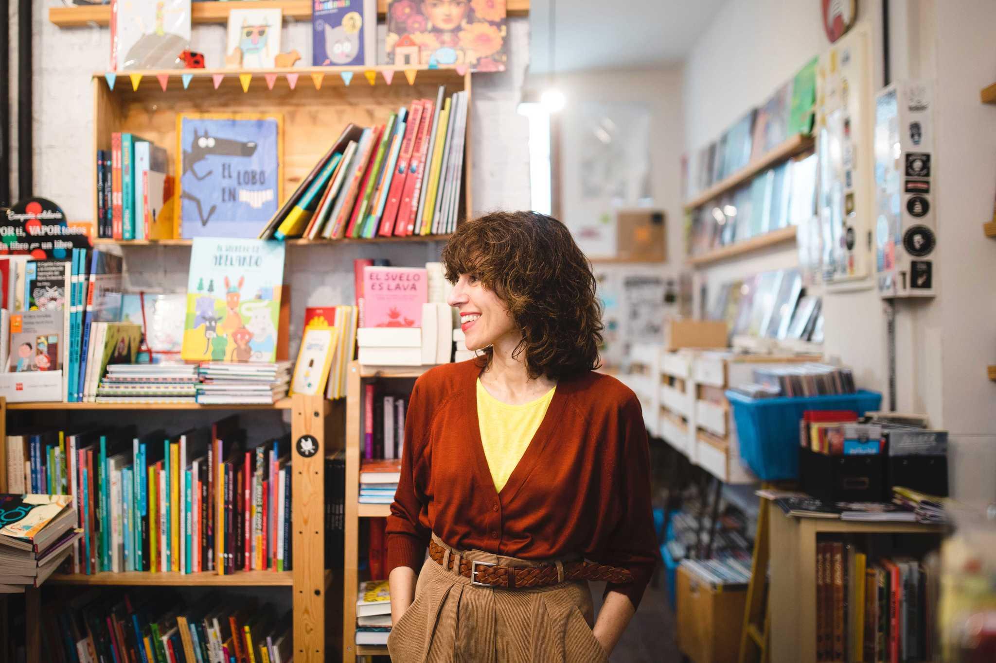 Blanca Lacasa en la librería Molar (calle de la Ruda, 19, Madrid)