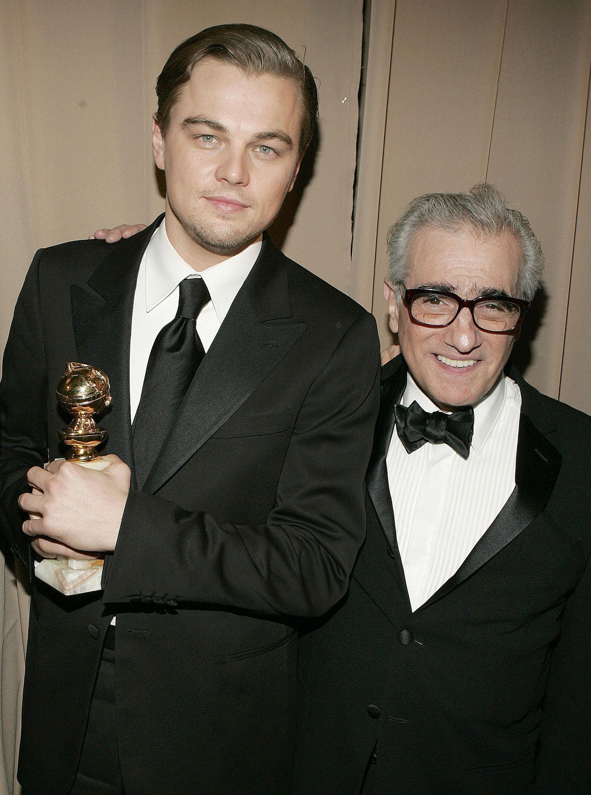 Leonardo Di Caprio y Martin Scorsese con el Oscar por El aviador