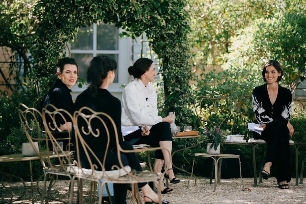 Encuentro literario de Chanel.