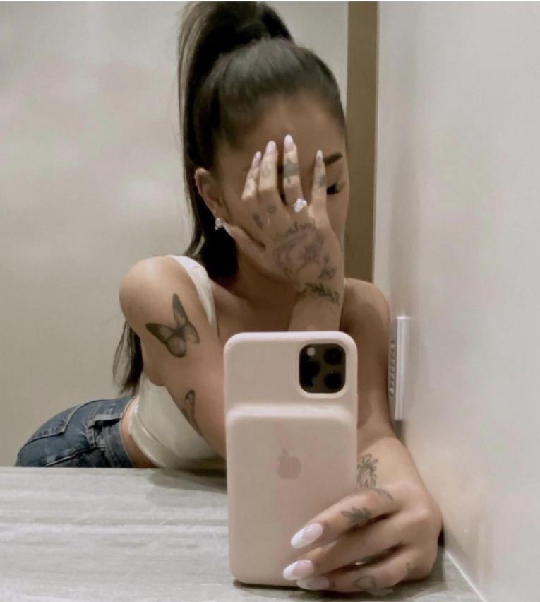 El anillo de compromiso de Ariana Grande