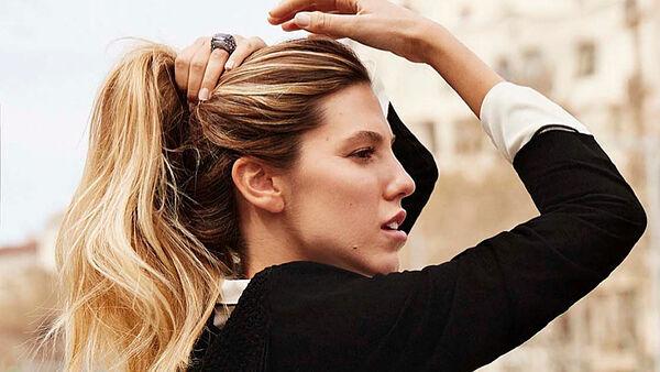 Si tu pelo se ensucia a menudo y tiene un aspecto como aceitoso, tu cuero cabelludo es graso. Aquí tienes una selección con los mejores champús para el pelo graso.
