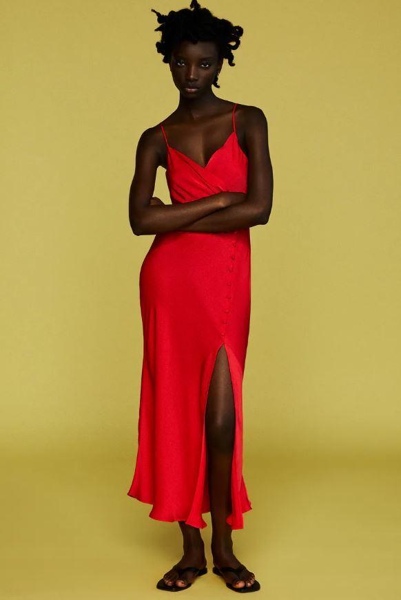 Vestido lencero satinado de Zara