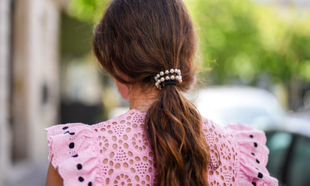 Elegir qué peinado llevar tanto si eres invitada de tu próxima boda...