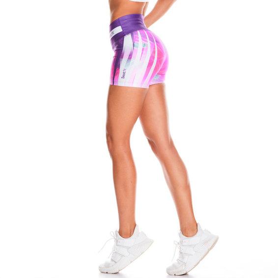 Los legging en formato short de Beatfit,con diseños más atrevidos y femeninos.