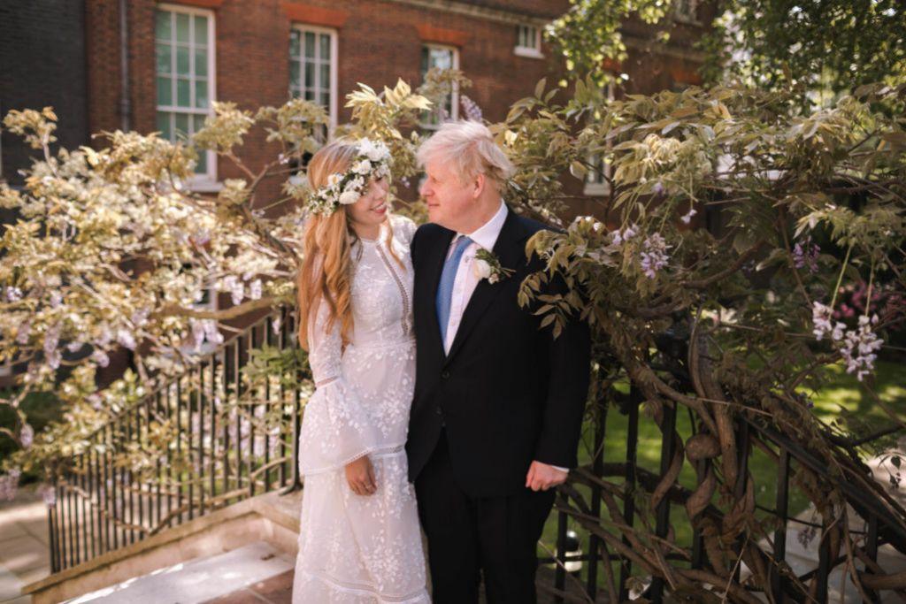 Los Johnson el día de su boda