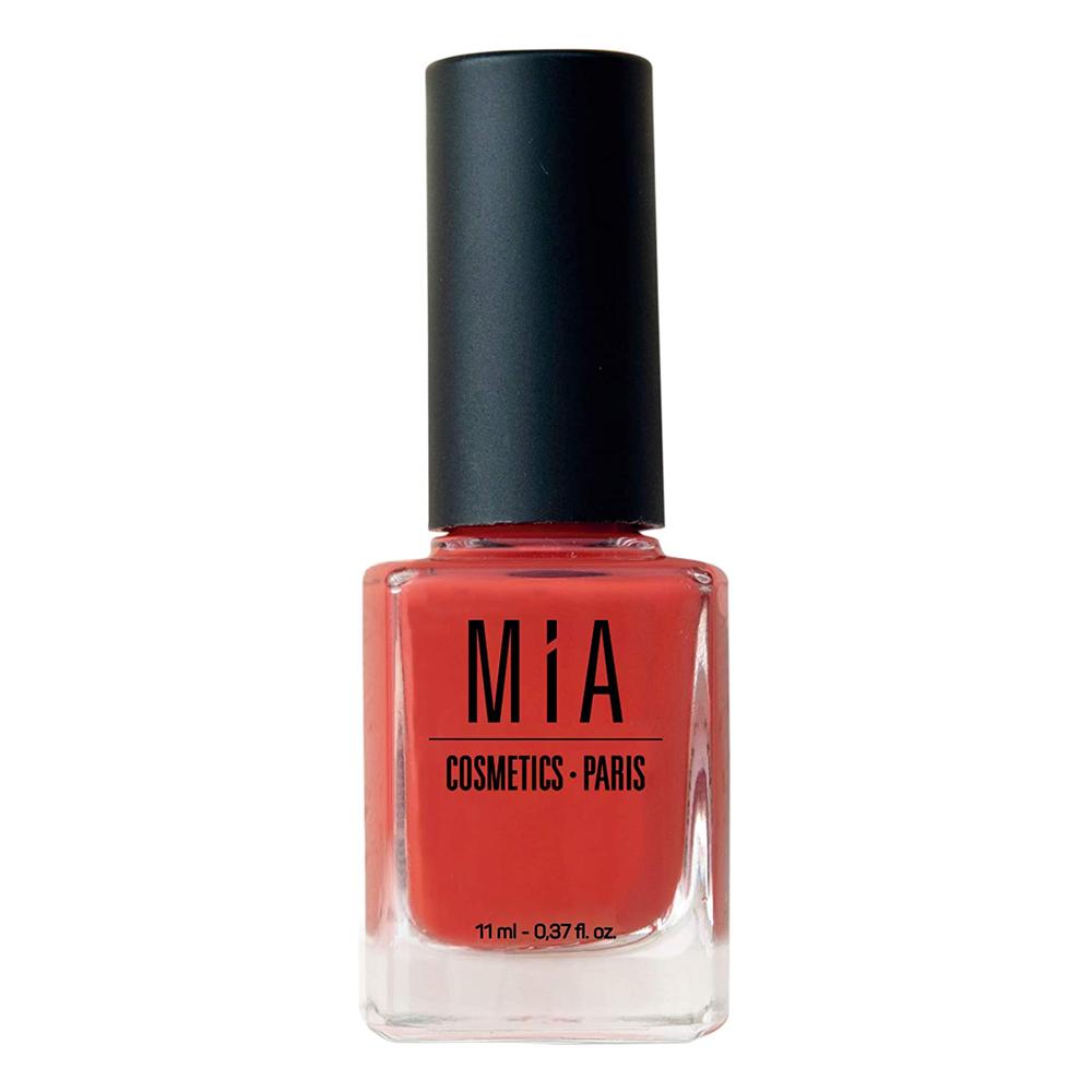 Laca de uñas roja Coral Reef de Mia Cosmetics-Paris.