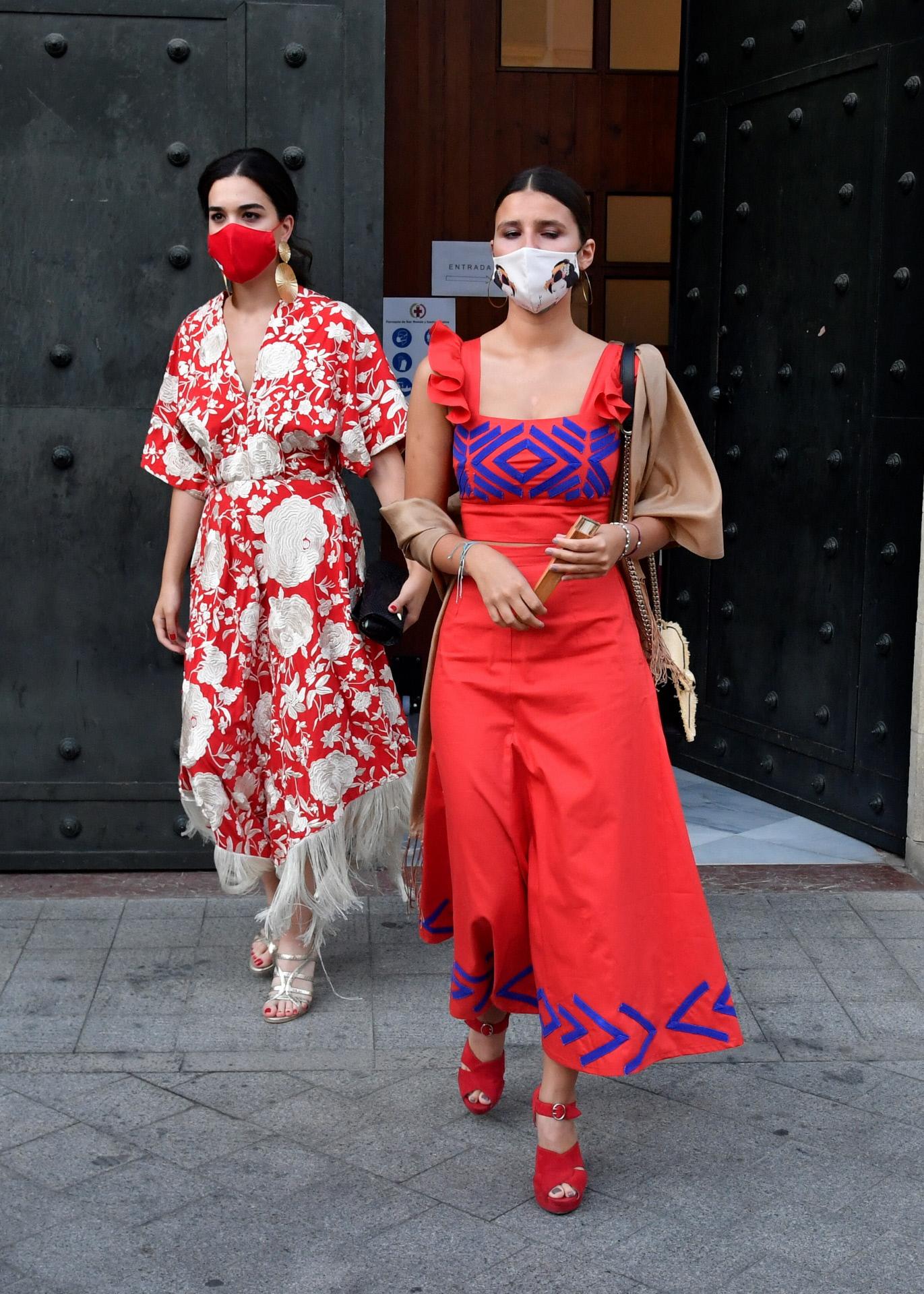 Cayetana Rivera en Sevilla con conjunto de Inés Domecq.