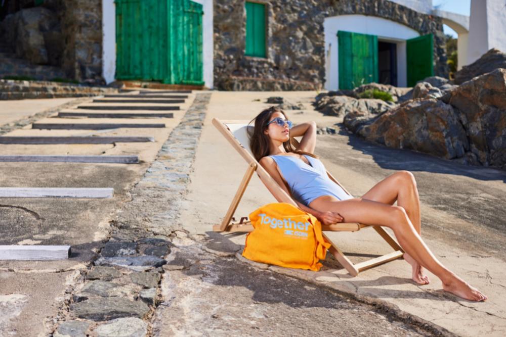 La protección solar no puede faltar en tu maleta para evitar los...