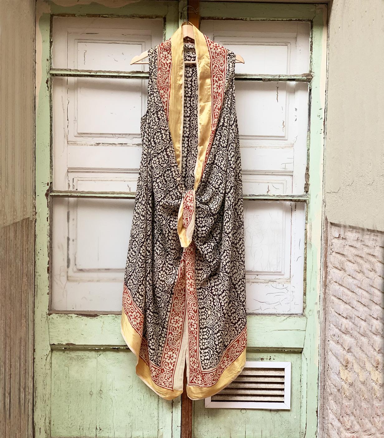 Vestido pareo de Babbaki.
