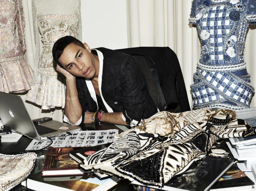 Olivier Rousteing en su estudio de París
