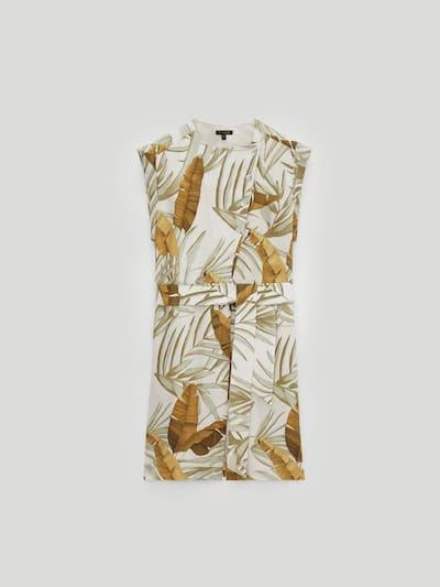 Vestido estampado tropical de invitada