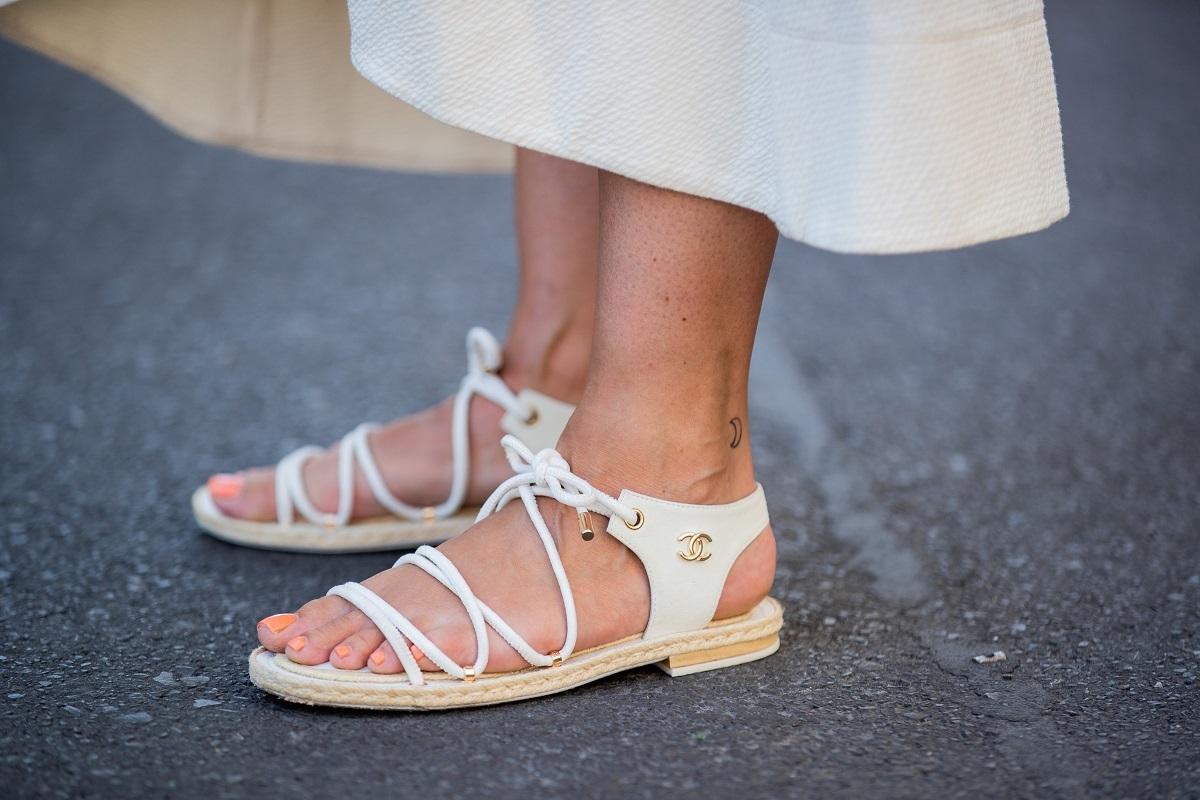 Las sandalias de gladiador son las favoritas de las insiders.