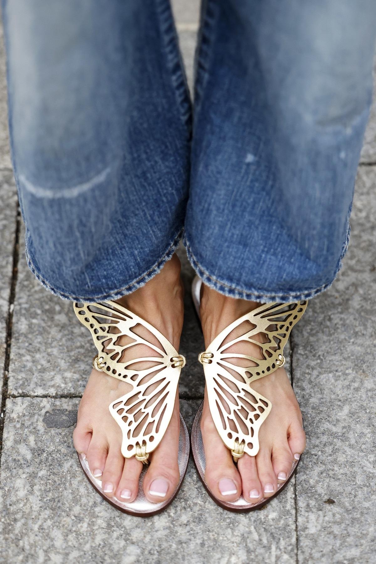Las sandalias planas son las favoritas de las insiders.