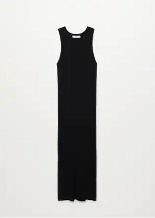 Vestido negro de punto, de Mango.
