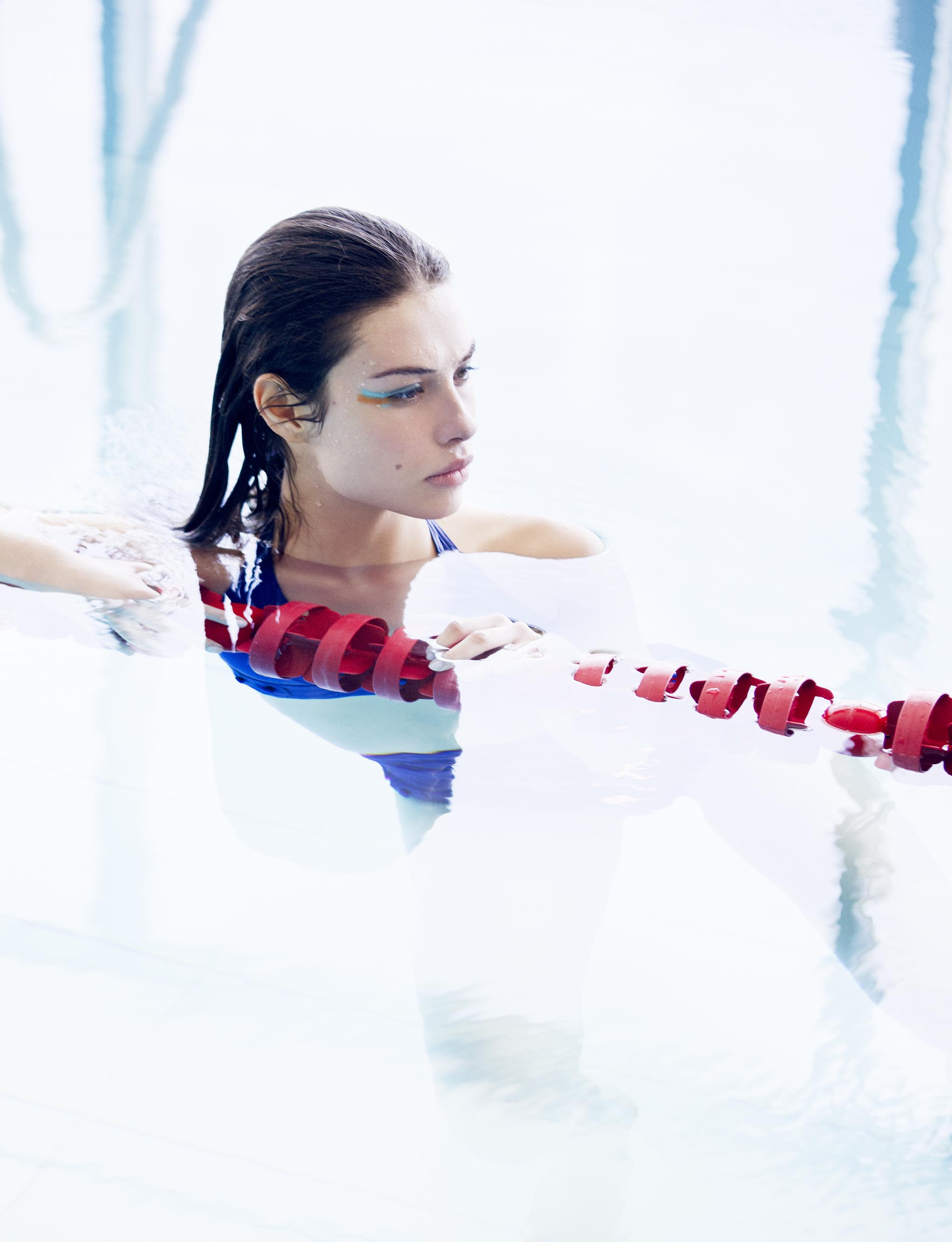 Nadar puede ser una buena opción para empezar a hacer ejercicio.