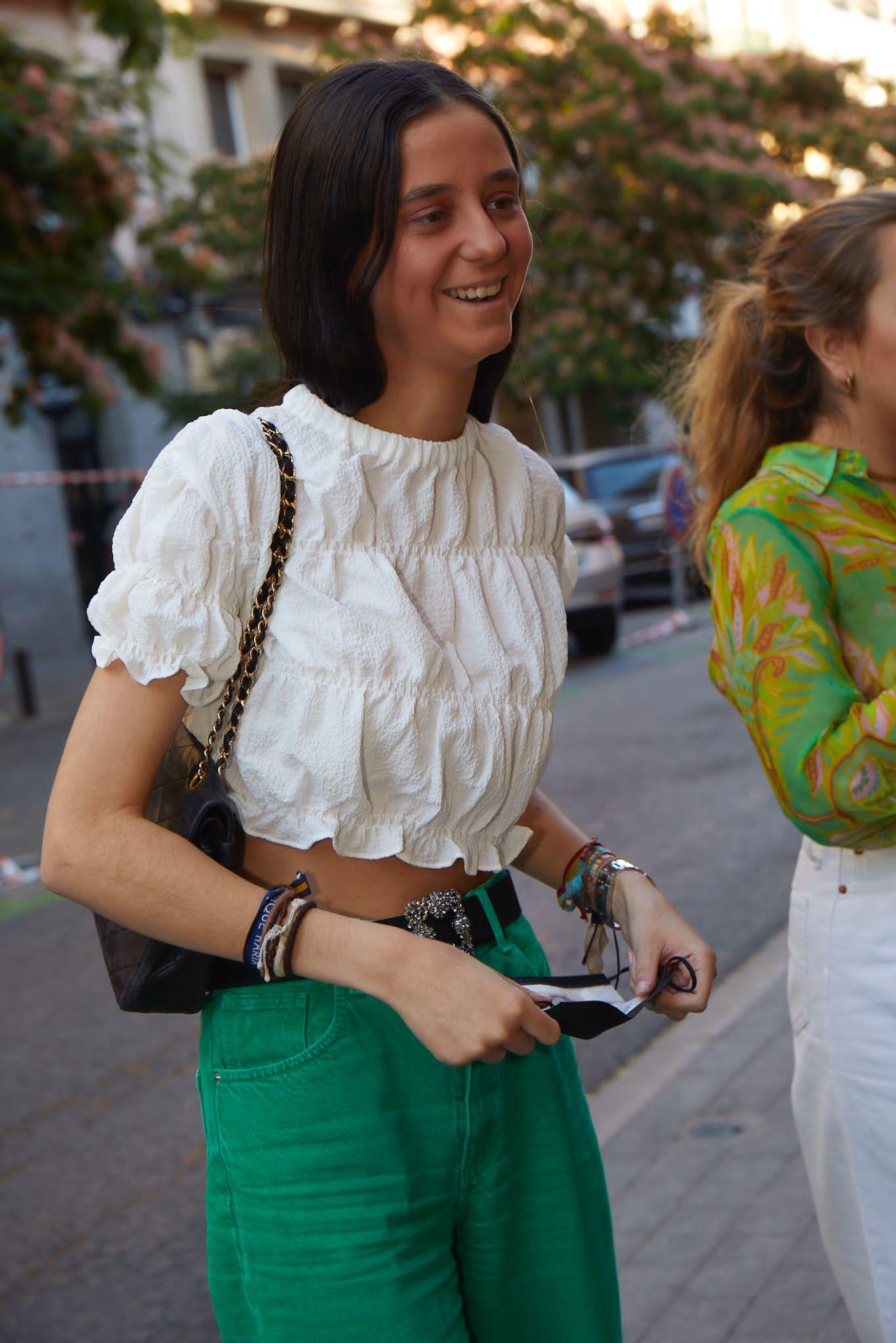 Victoria Federica lució un total look de Zara con bolso de Chanel y zapatos y cinturón de Manolo Blahnik.