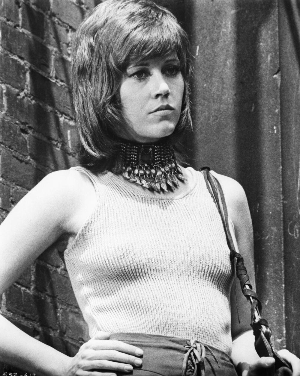 """Jane Fonda luciendo el corte lobo en la película """"Klute"""" en 1971."""