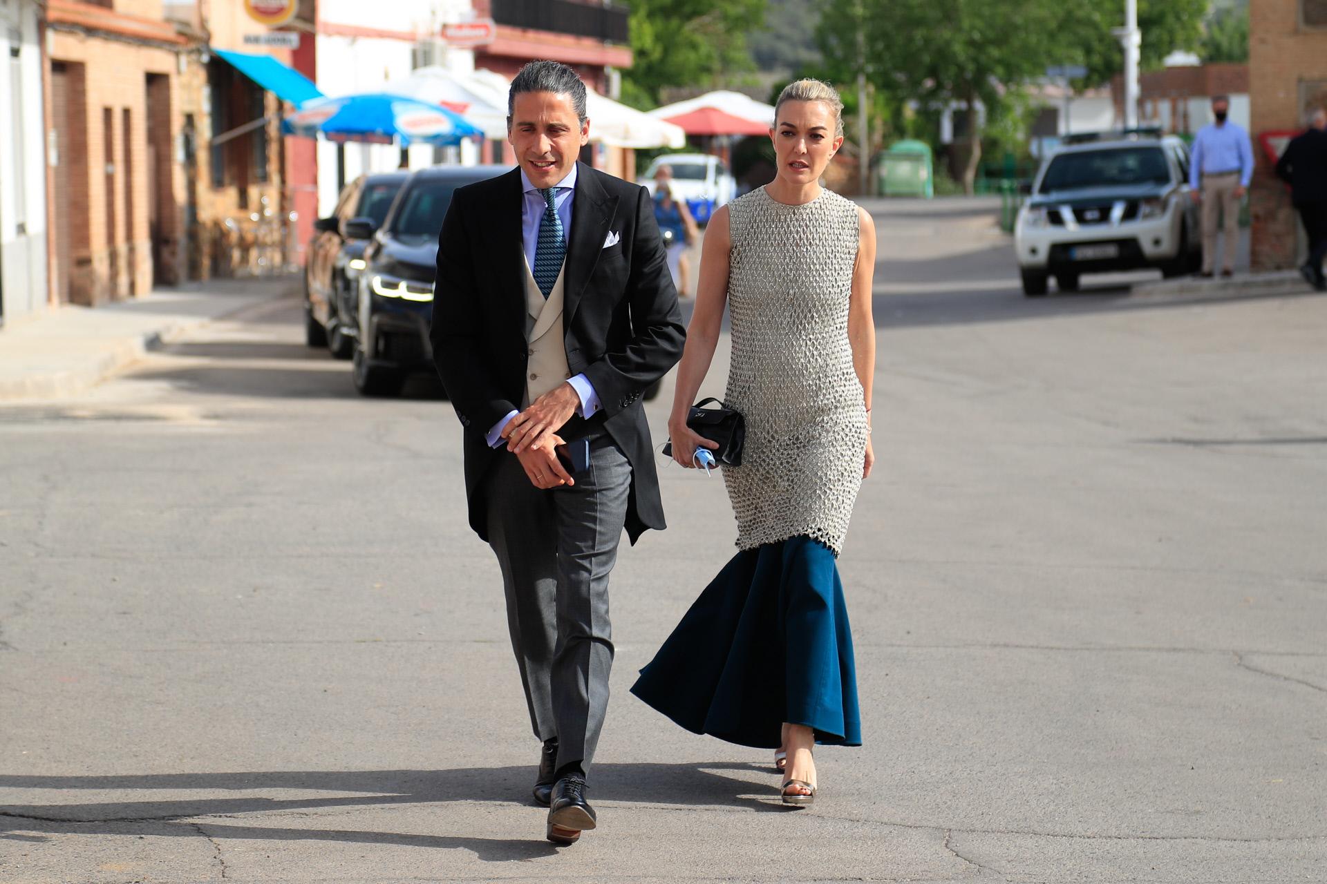 Marta Ortega con su marido Carlos Torretta en la boda de Felipe Cortina y Amelia Millán.