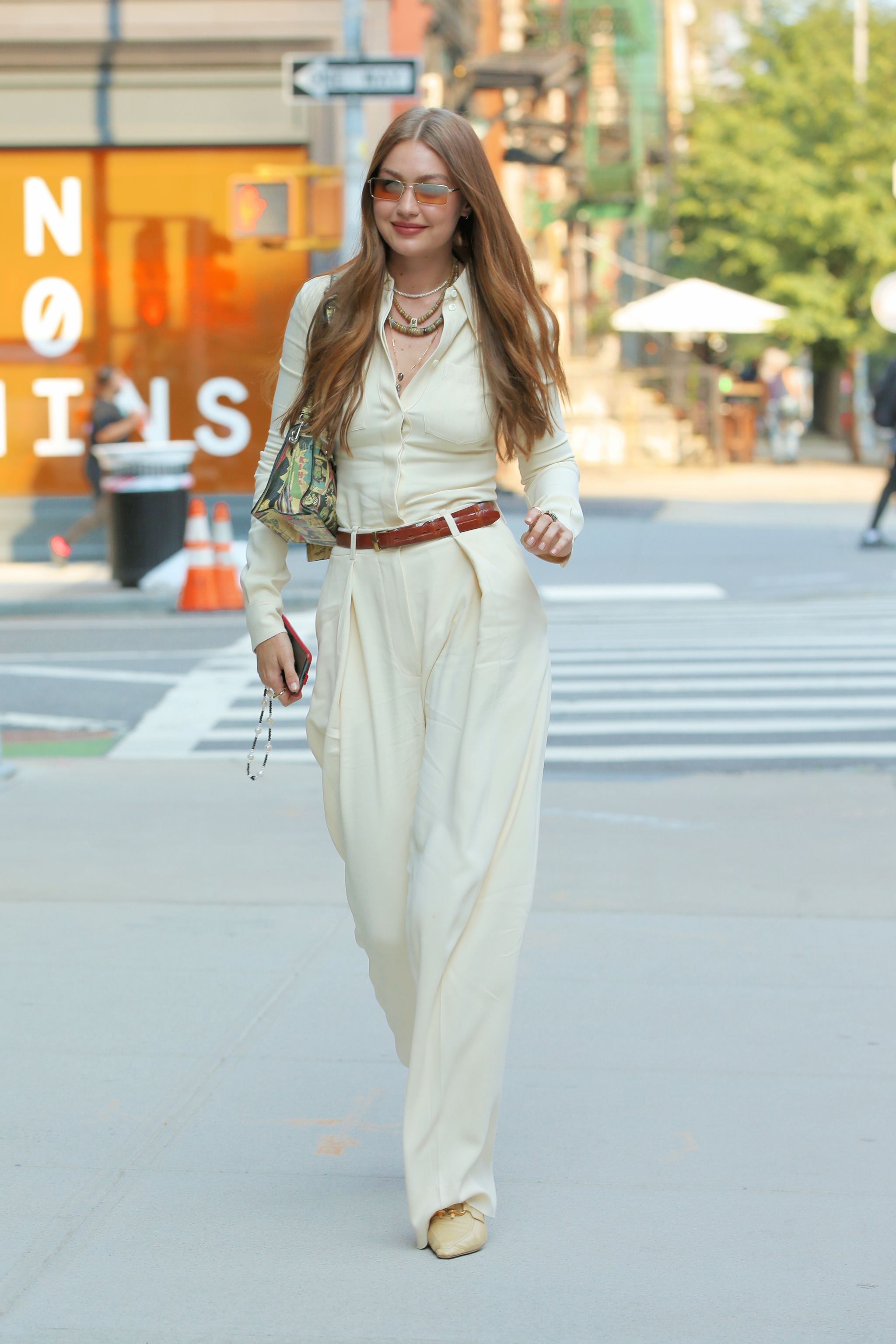 Gigi Hadid paseando por Nueva York