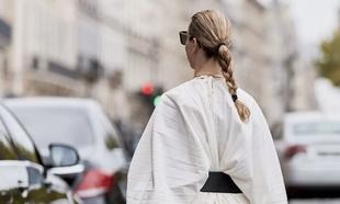 Los peinados con trenzas son tendencia este verano 2021.