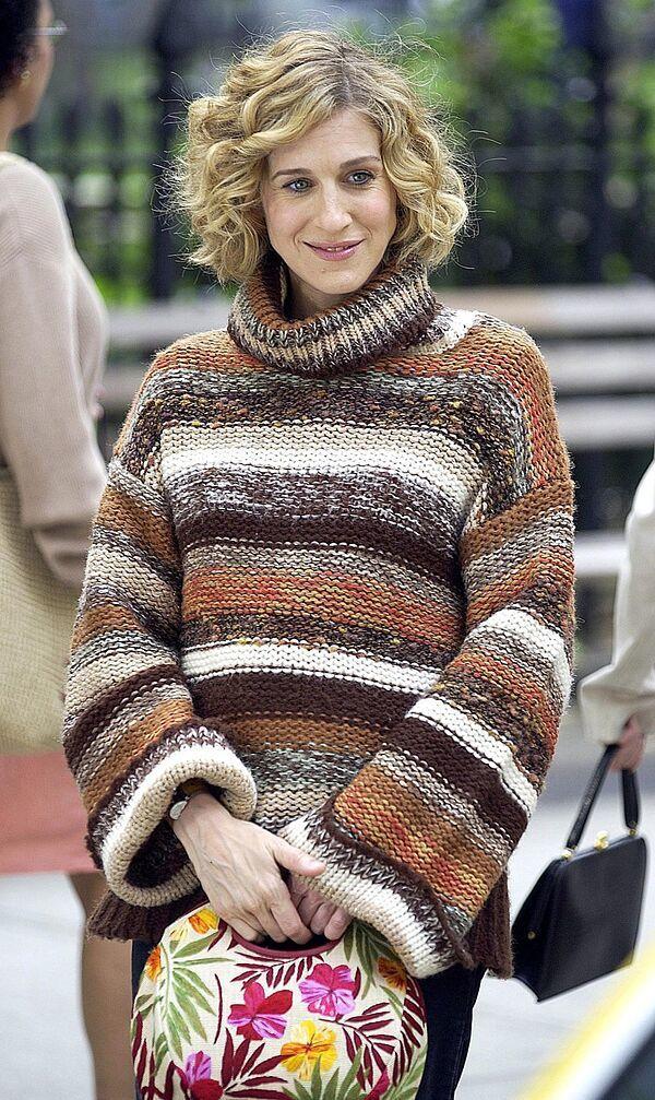 Hemos recopilado los mejores peinados y cortes de pelo de Carrie, el icono de belleza y estilo que triunfó en televisión en los años 90 en Sexo en Nueva York, serie que vuelve a la televisión.
