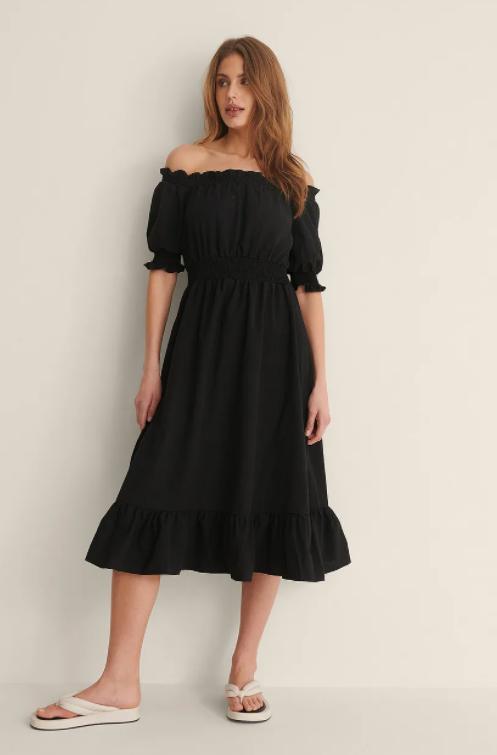 Vestido negro de NA-KD