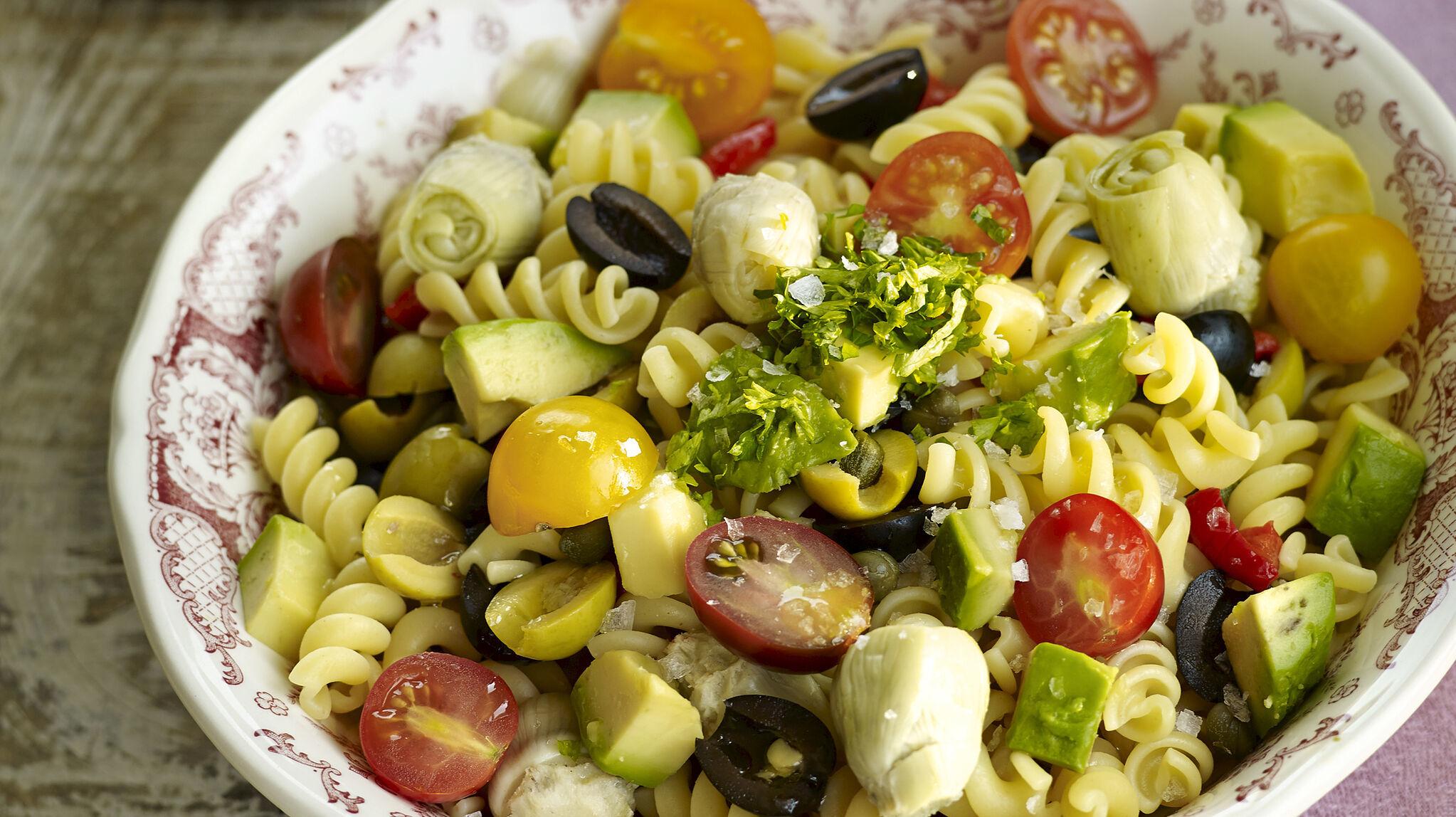 10 ensaladas con pasta para un verano ñam ñam