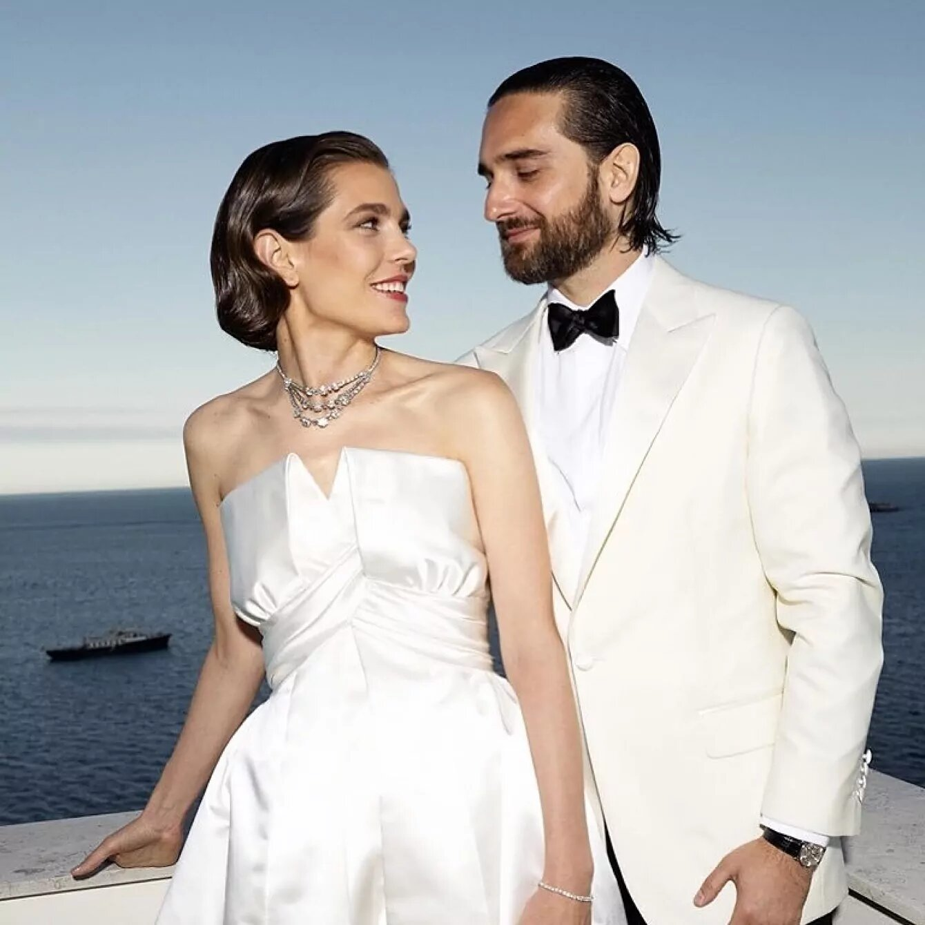 Carlota Casiraghi con su marido, Dimitri Rassam, el día de su boda.