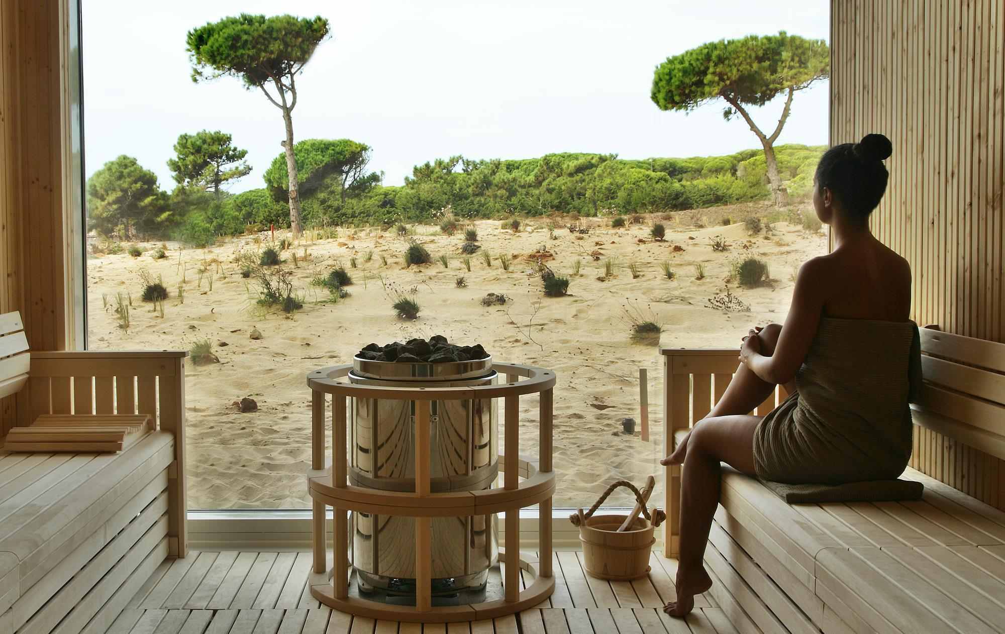 El SPA The Oitavos cuenta con piscina interior, sauna, baño turco, fuente de hielo y jacuzzi.