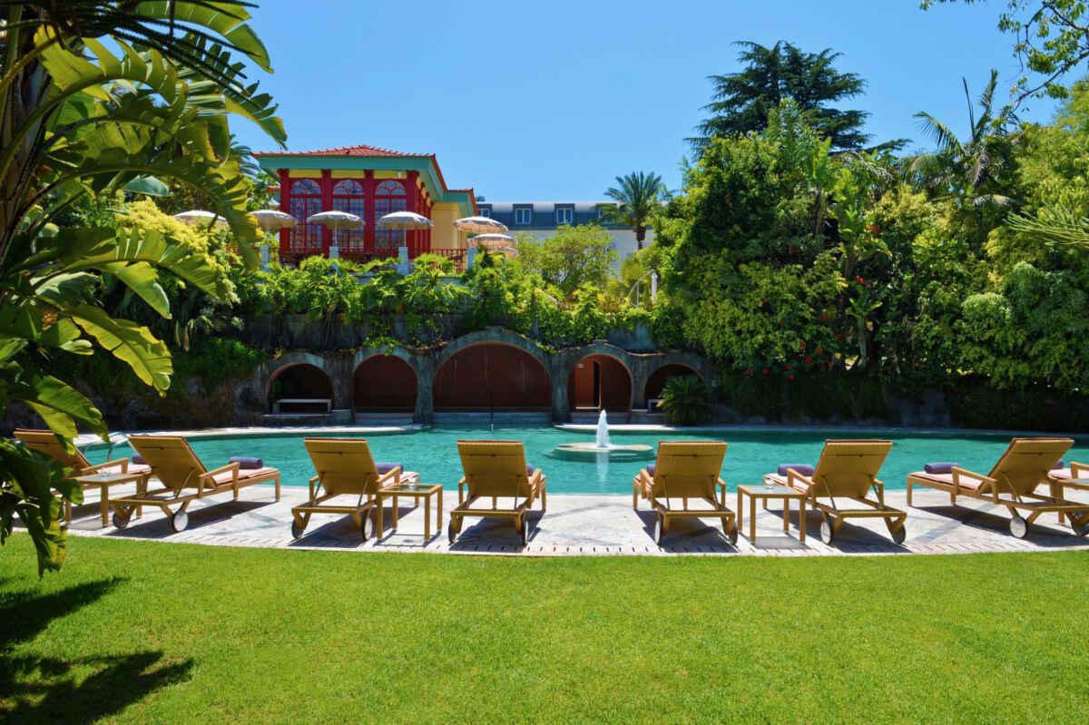 La piscina exterior es uno de los grandes atractivos del Hotel Pestana Palace.