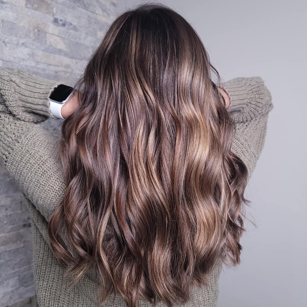 French balayage o las mechas balayage a la francesa también serán una de las tendencias de pelo de la nueva temporada de otoño.