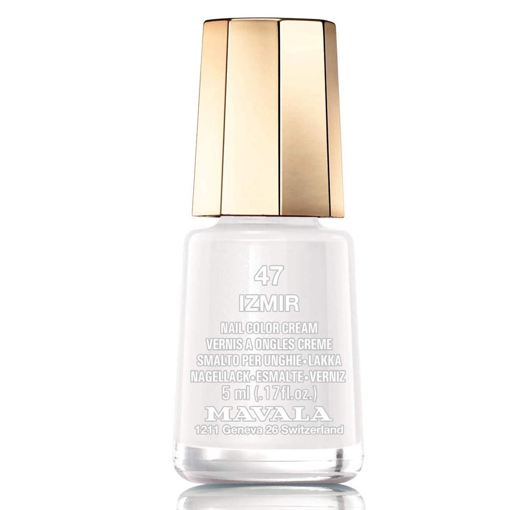 Esmalte de uñas color blanco luminoso Izmir de Mavala.