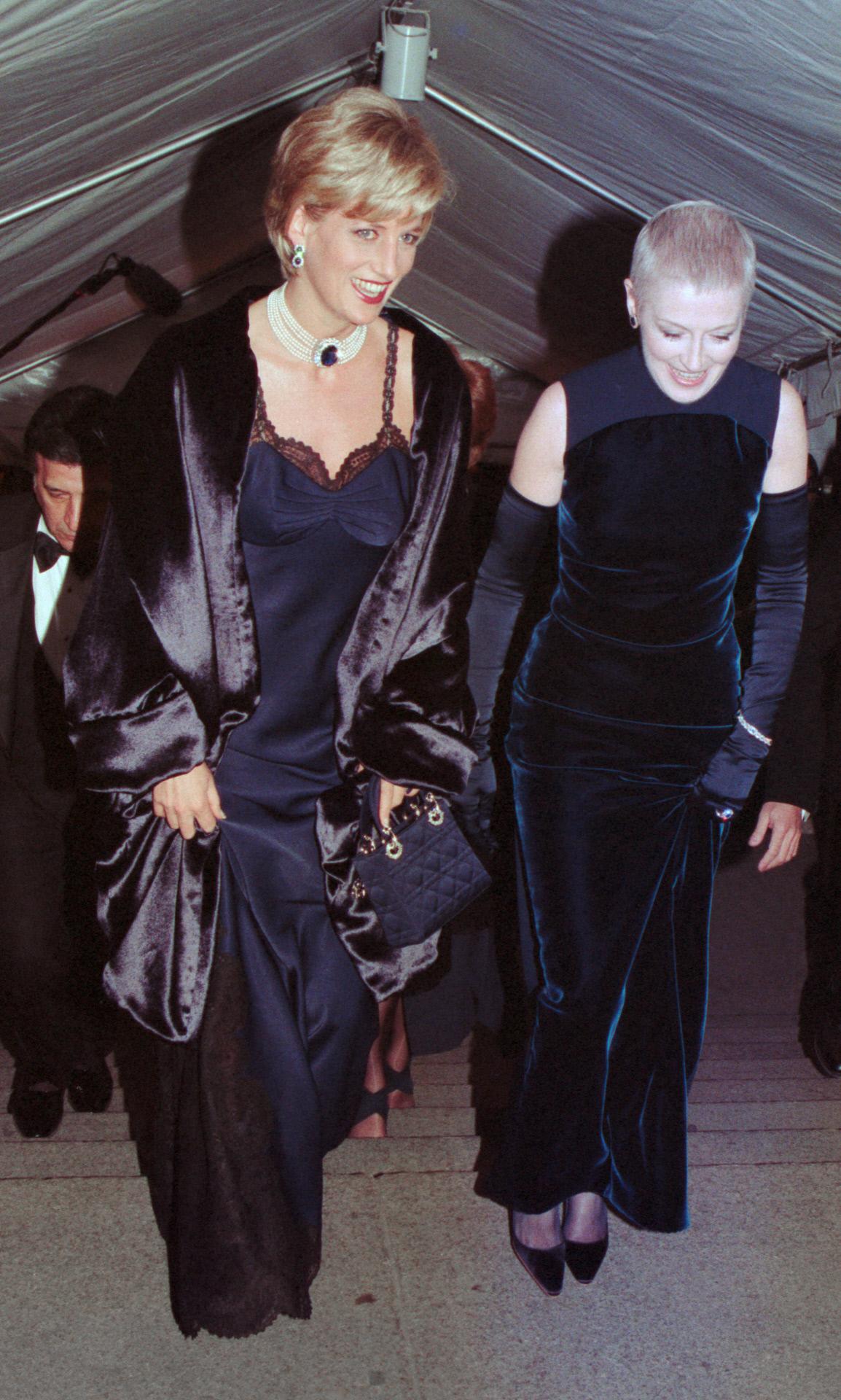 Vestido lencero, Lady Di (1996)