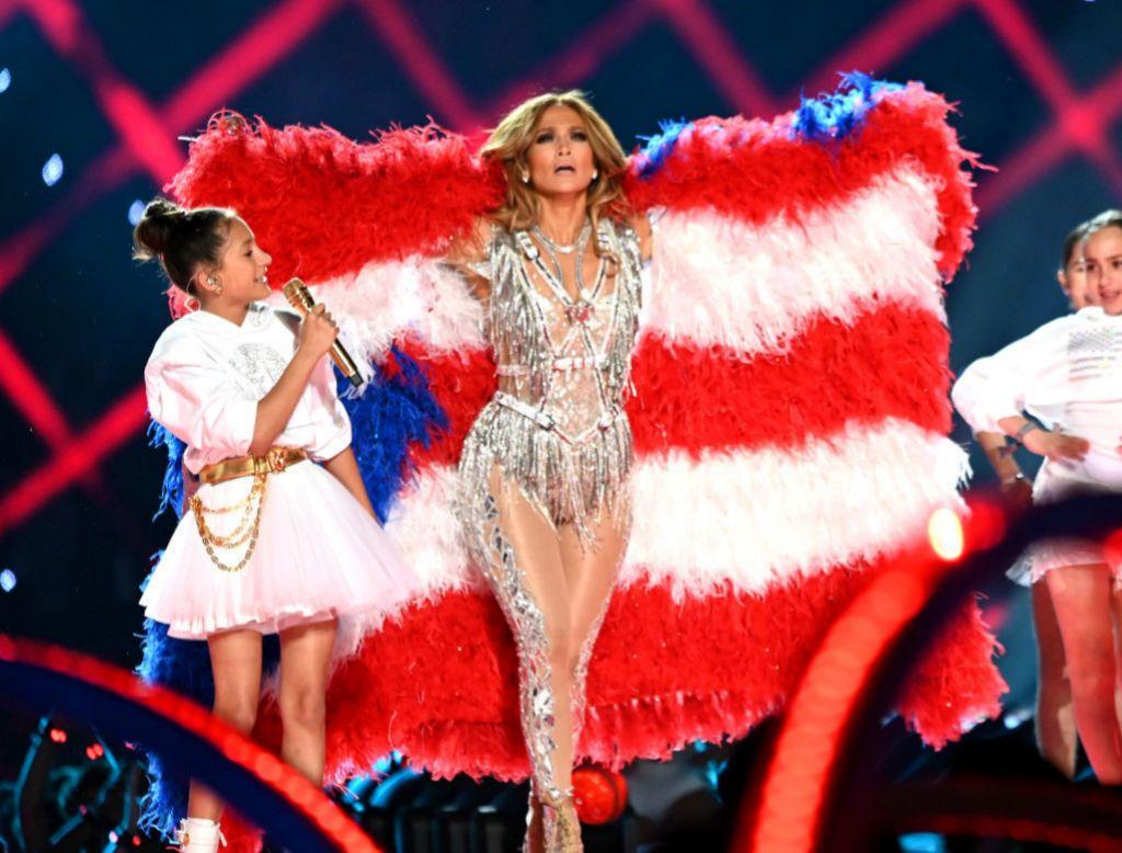 Jennifer Lopez y su hija en el escenario