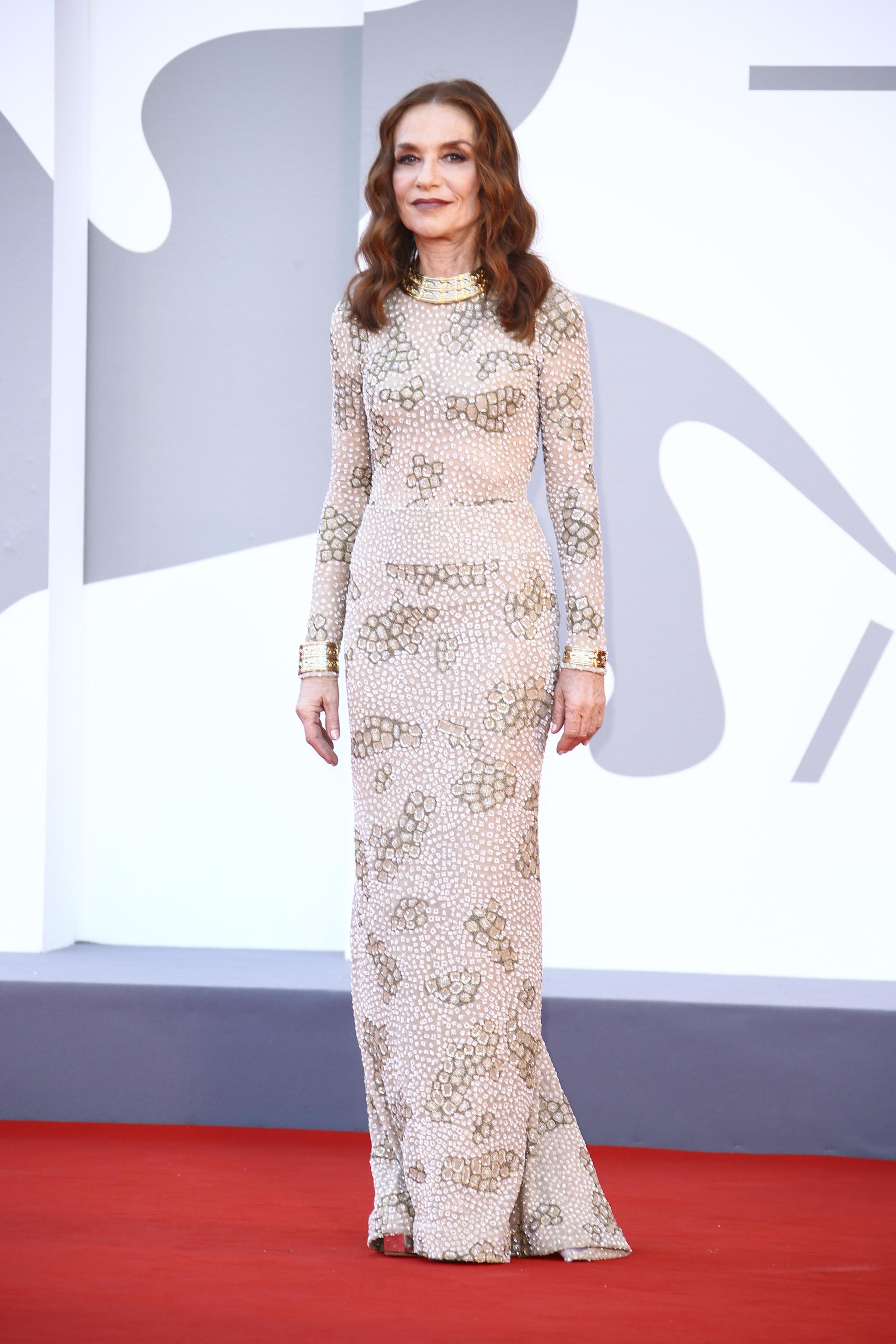 Isabelle Huppert con vestido de Armani Privé de 2005.