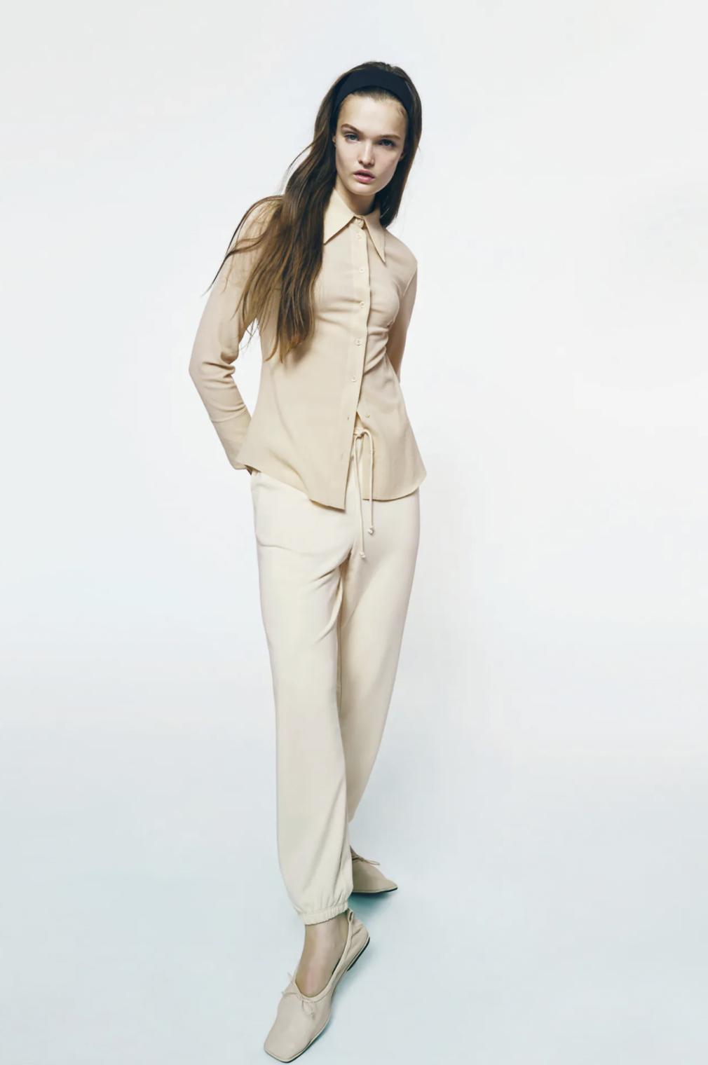 Zara apuesta por llevar el chándal de forma elegante