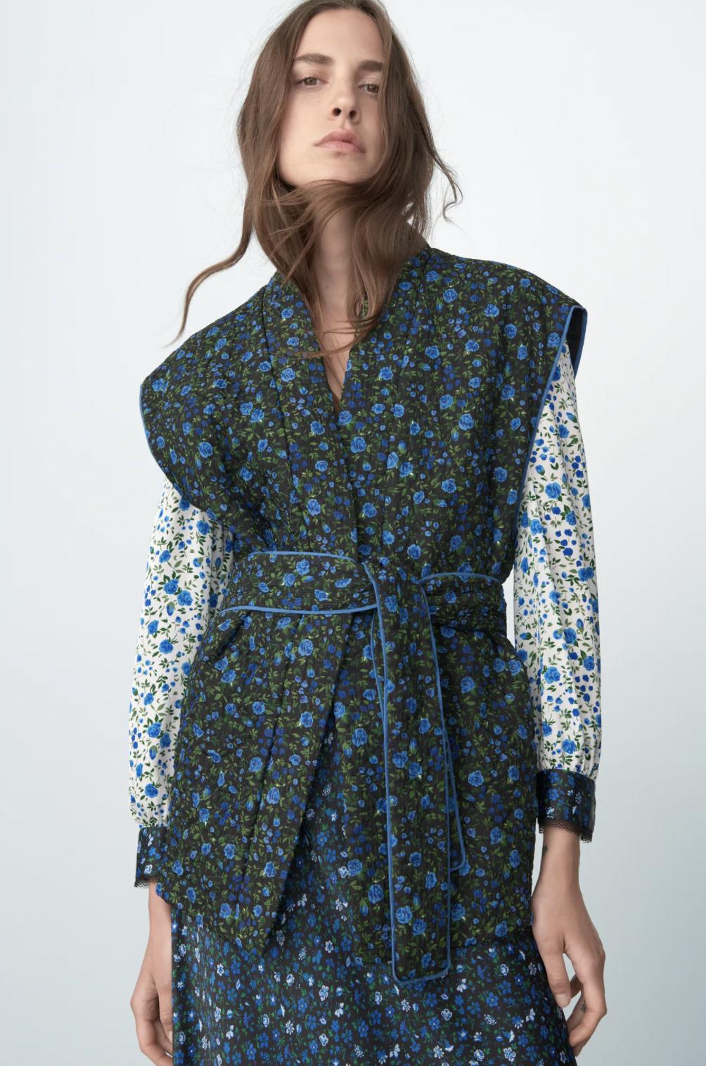 Coordinar estampados dentro de un mismo look, una de las claves de estilismo del otoño