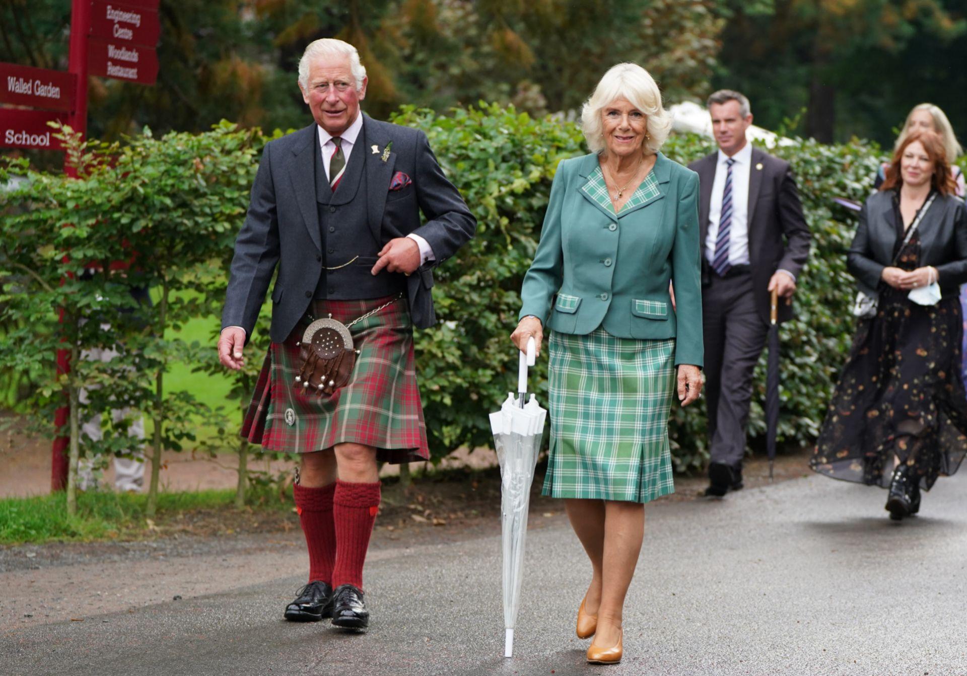 Carlos y Camilla en Escocia