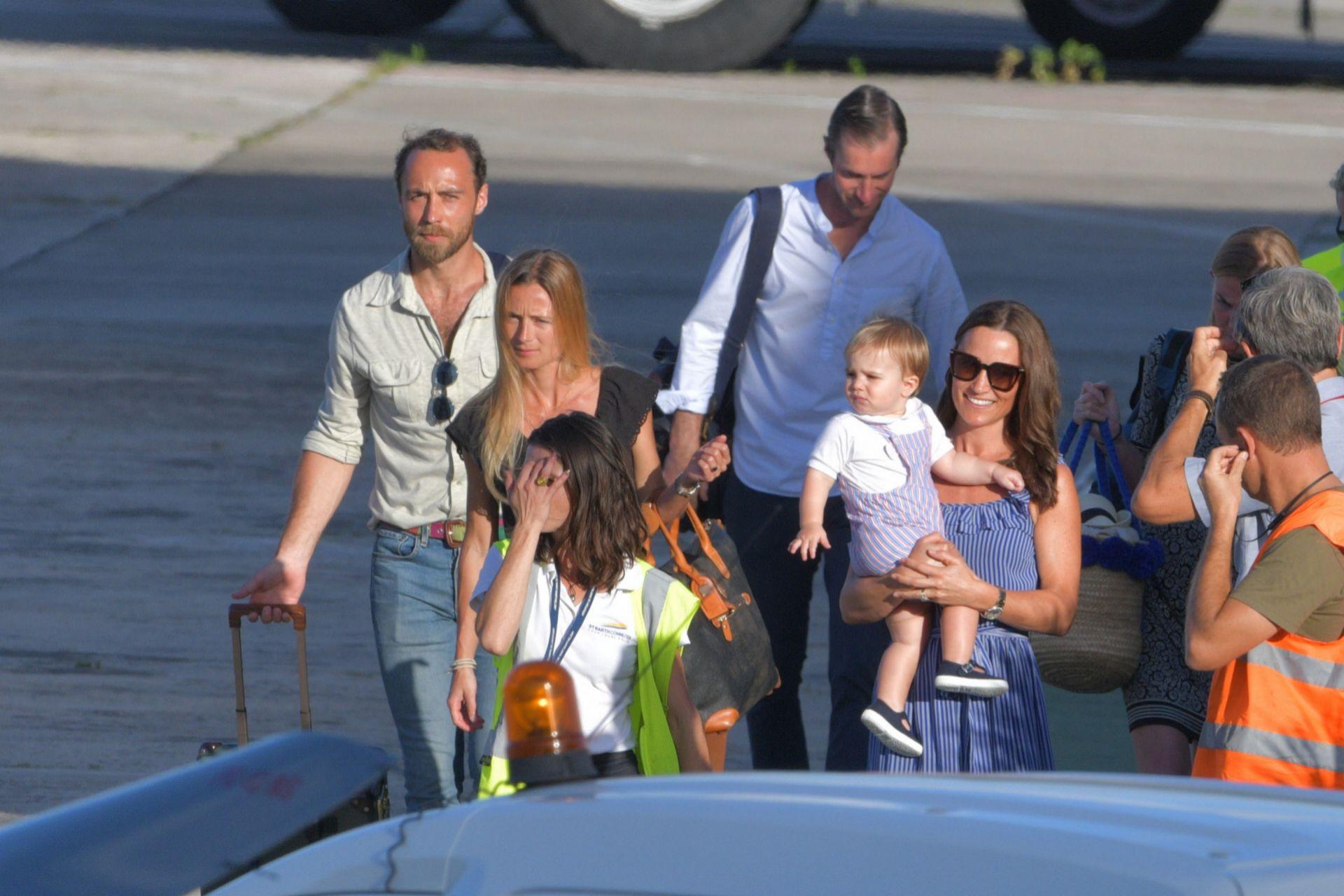 James y Alizée con Pipa Middleton y su marido en St. Barth