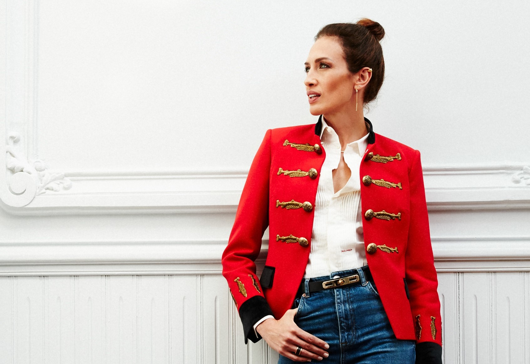 Nieves Álvarez con la chaqueta Nuvola roja, de The Extreme Collection X Nieves Álvarez.