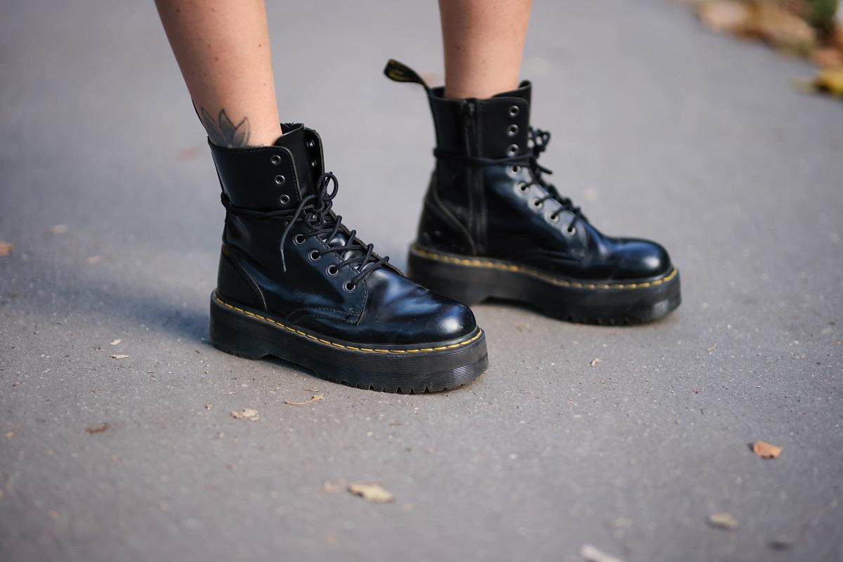 ¡Atrévete con las botas con cordones!