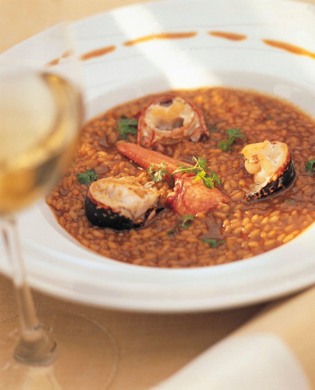 El arroz rojo es integral, por lo que posee un alto contenido en fibra.