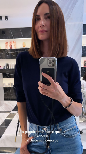 Eugenia Silva anunciando su último retoque de pelo en Instagram.