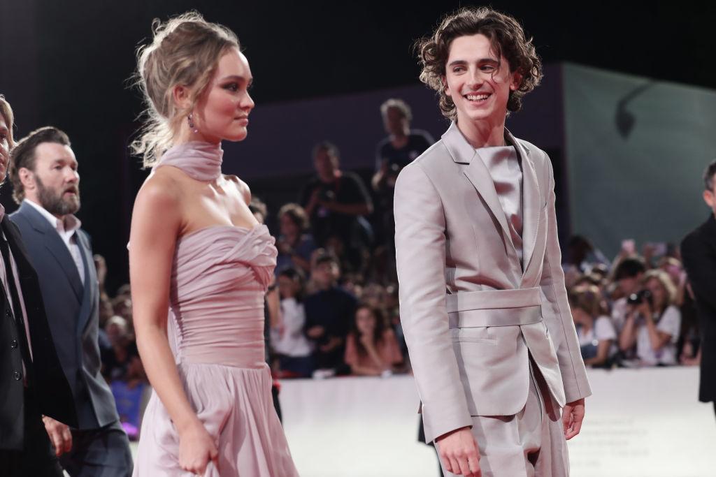 "Lily-Rose Depp y Timothée Chalamet en la première de ""The King"" en el Festival de Venecia de 2019."